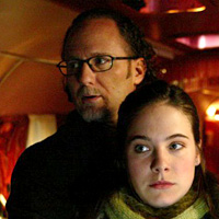 Todd Holland on the set of Wonderfalls with Caroline Dhavernas